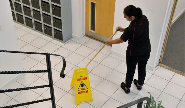 Commercial Carlisle Cleaning Company - Supremo Ceaning Services